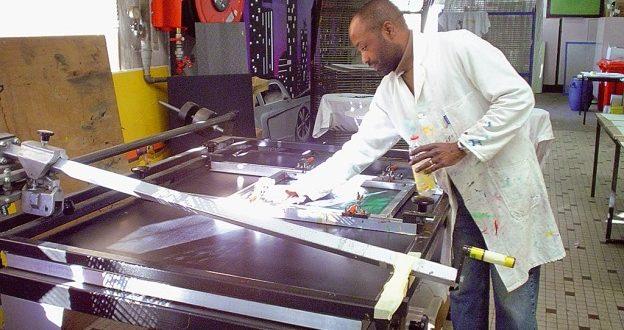 Vers Salon de l'imprimerie 2021 à Abidjan, focus sur le Sérigraphe